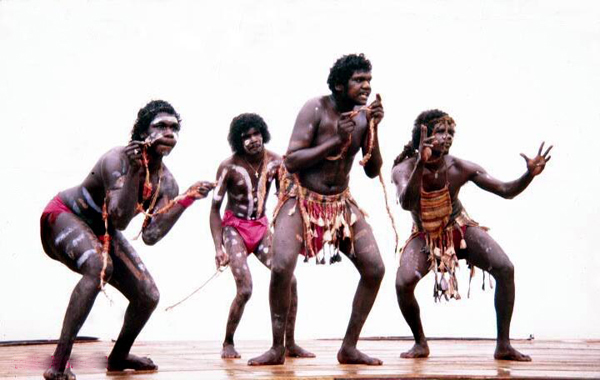 the bad life circumstances of the indigenous people of australia 111 indigenous people of australia marginalized groups, traditional life when the white people first came to australia, australian indigenous people have.